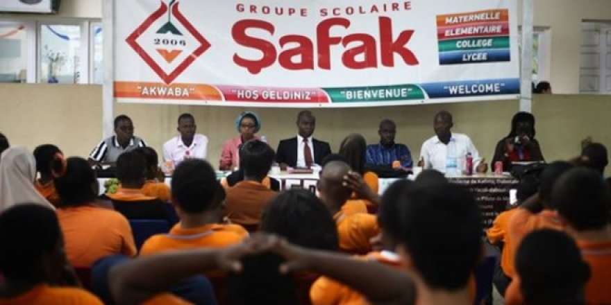 Fildişi Sahilleri'ndeki FETÖ okulları Maarif Vakfı'na devredildi