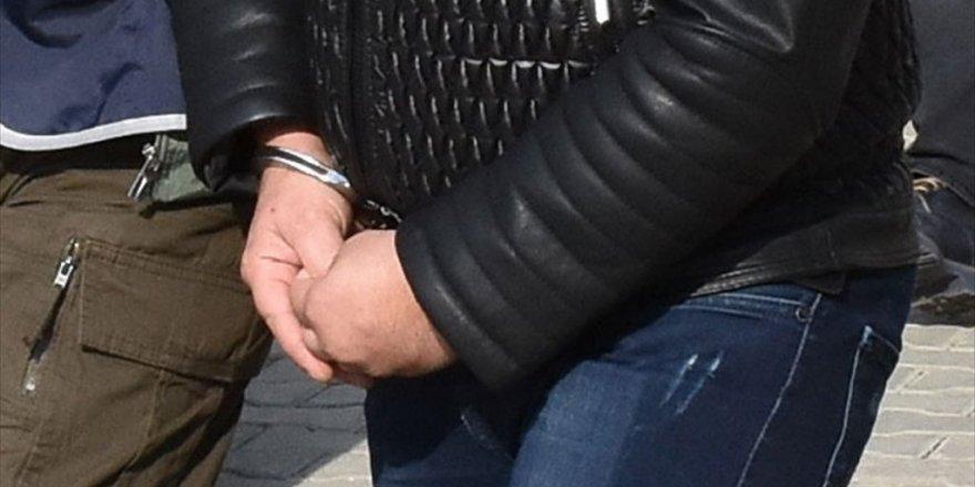6 il ve KKTC'de FETÖ operasyonu: 12 asker gözaltında