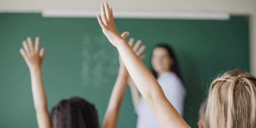 Beraat eden öğretmenlere, çalışma izni veriliyor