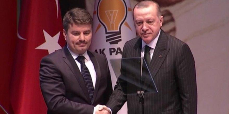 AK Parti'de 14 ilin belediye başkan adayları açıklandı