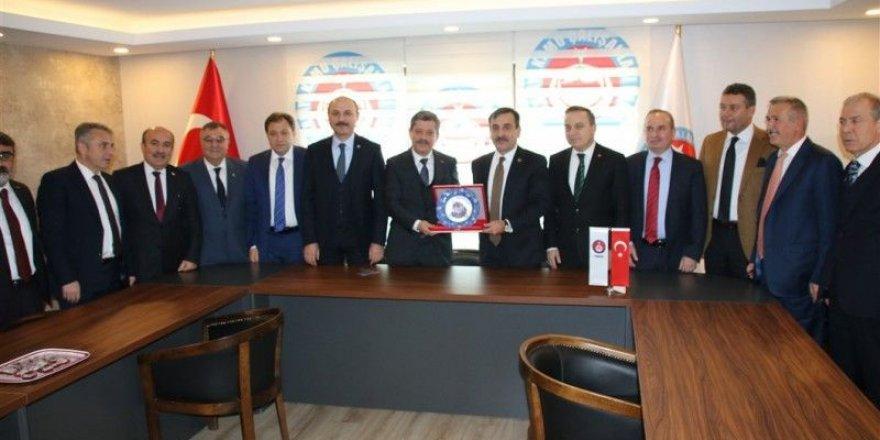 Türkiye Kamu-Sen'den TÜRKAV'a Ziyaret