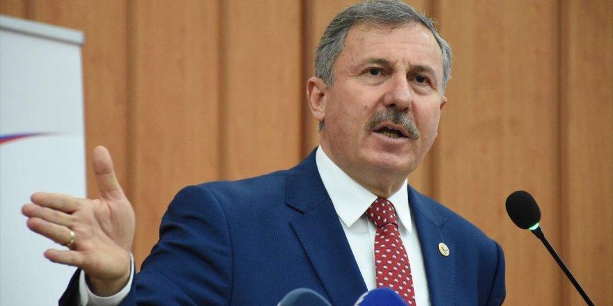 Selçuk Özdağ'a saldıran 5 sanık tahliye edildi