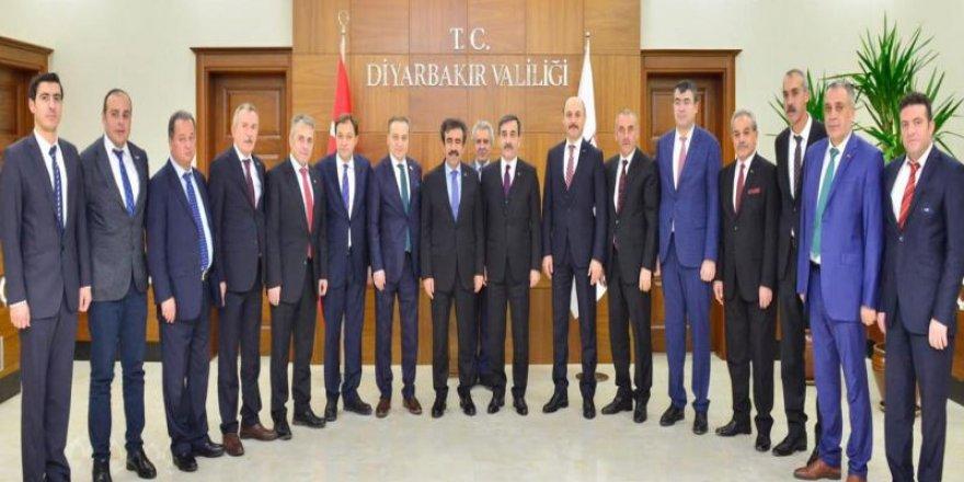 Türkiye Kamu-Sen'den Diyarbakır Çıkarması!
