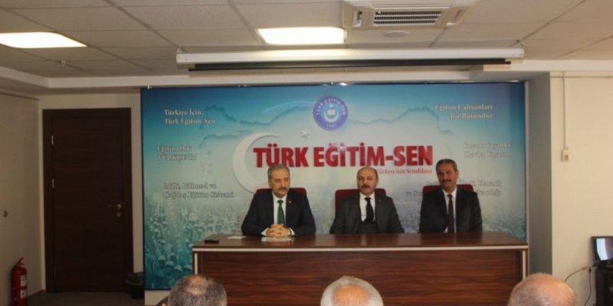 Türk Eğitim Sen'in Türkmen Eğitimcilere Yönelik Düzenlediği Kurs Başladı