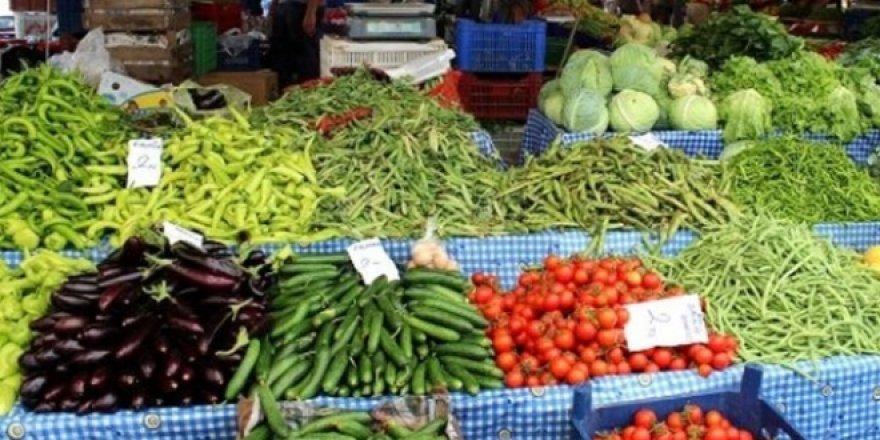 Meyve sebzelerde fiyatlar düşüyor