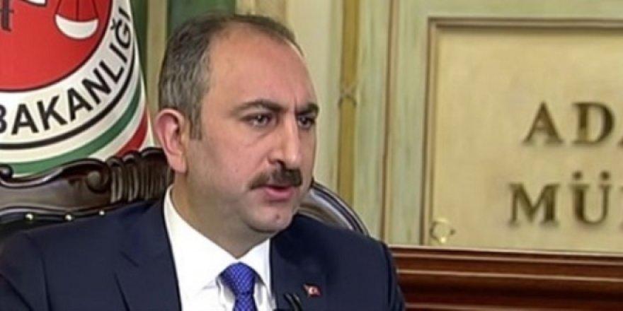 Gül'den 14 öğretmeni gözaltına aldıran savcıyla ilgili açıklama