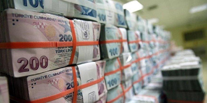 Dolara geçişi önleyecek mevduata hücum