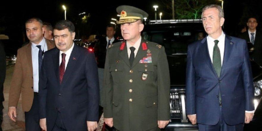 Erdoğan, Yavaş'ı görünce elini sıktı, 'hayırlı olsun' dedi