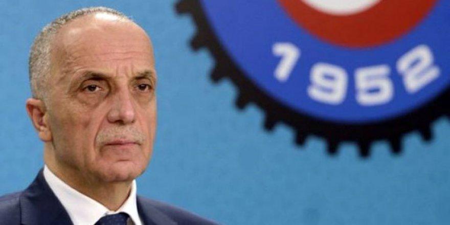 Türk İş başkanı mikrofonu açık unuttu: Uzasa karışacaktı, böyle kapattım
