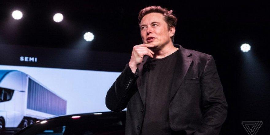 Elon Musk, Mars'a nükleer bomba atma önerisini yineledi