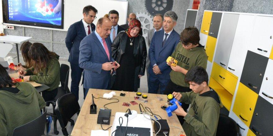 Etimesgut Milli Eğitim'de Teknolojik Alt Yapı Atağı Devam Ediyor!