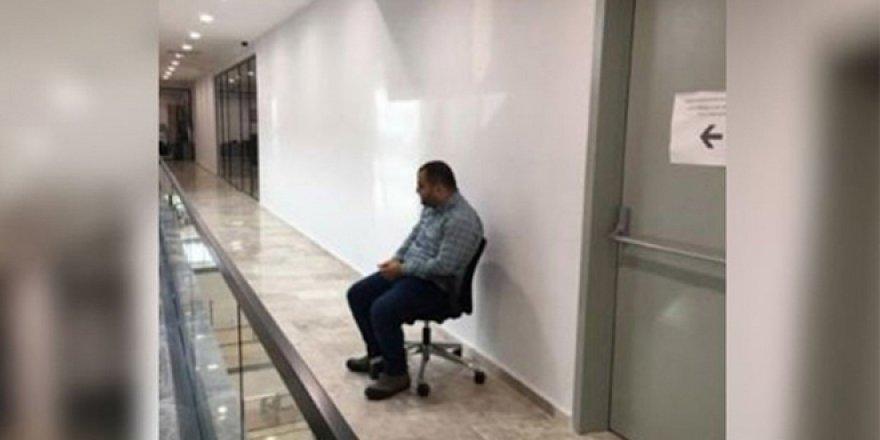 Selamlama cezası veren başkan yardımcısı görevden alındı