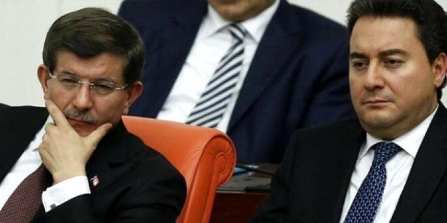 Son seçim anketinde Babacan ve Davutoğlu'na soğuk duş!