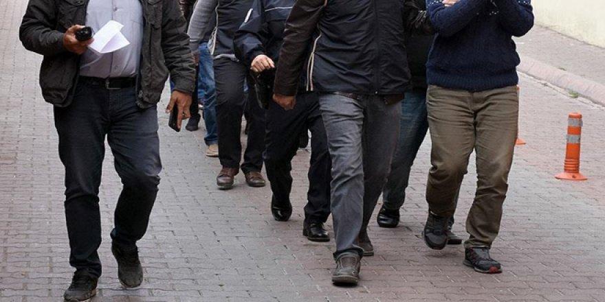 FETÖ'cü mahrem imam ve polislerden oluşan ekibe baskın