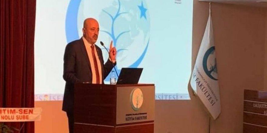 Musa Akkaş, 2023 Eğitim Vizyonu Konferansı'nda Konuştu