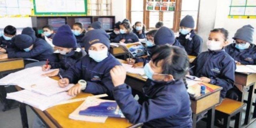 Okullarda tatil tarihleri değişiyor mu? Bakan'dan flaş açıklama