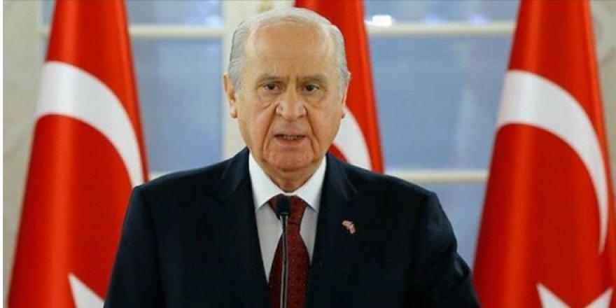 Devlet Bahçeli: Kampanyaya 5 maaşımla katılıyorum