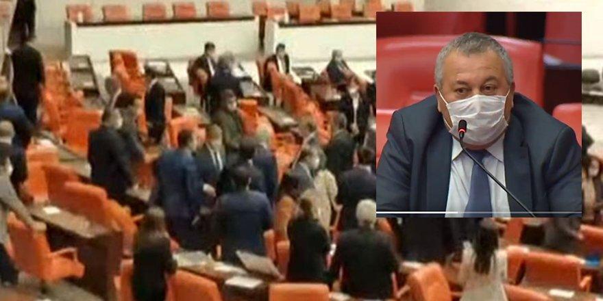 Mecliste Vekiller Birbirine Girdi: Şerefsiz, kancık pkk'lı katillerin affını...