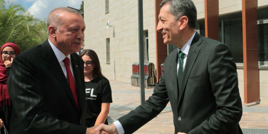 Ziya Selçuk'a Saldıracağım Diyen, Erdoğan'a Saldırıcağım Demektir!