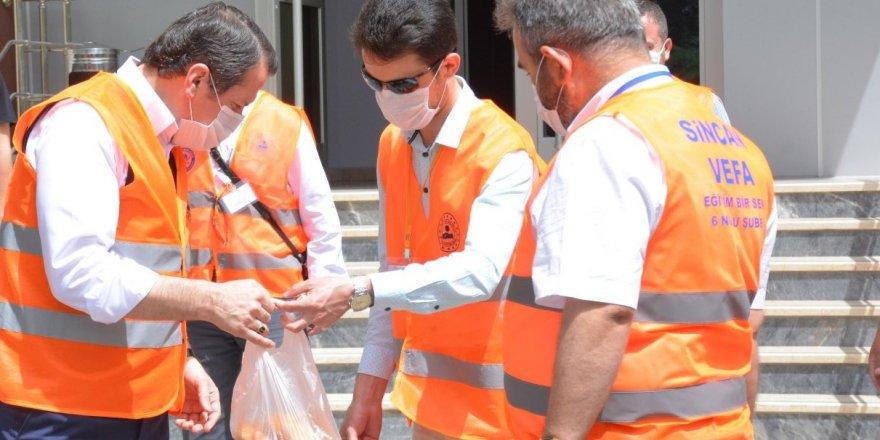 Ali Yalçın; Vefa Sosyal Destek Grubu'na katıldı, Gıda malzemesi dağıttı