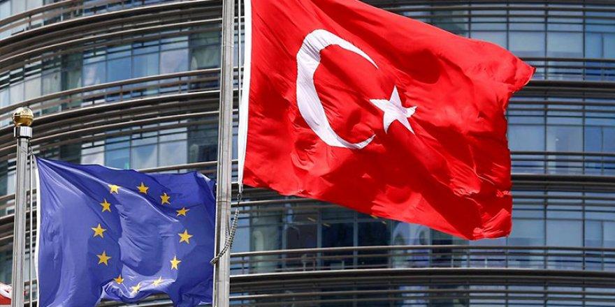 Avrupa Birliği ülkelerinin sınırları Türkiye'ye 1 Temmuz'a kadar kapalı
