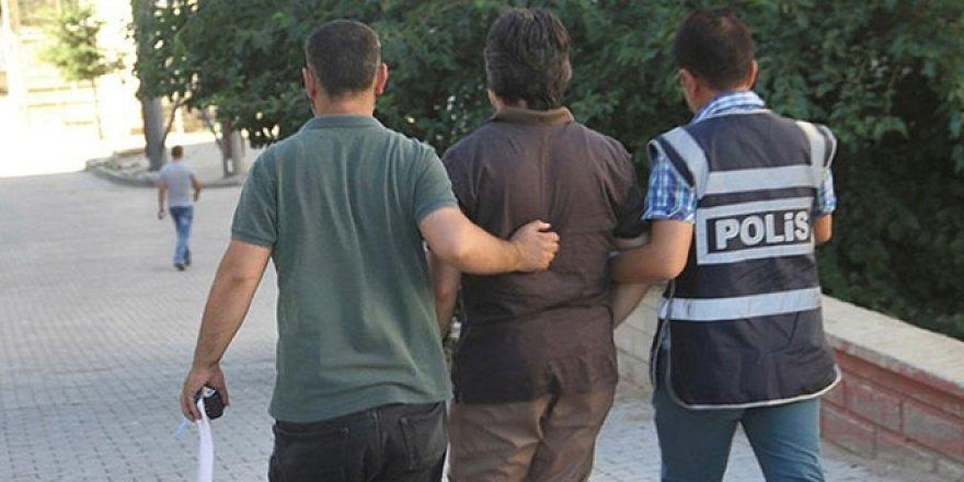 25 kişiye FETÖ'den gözaltı! 3'ü polis, 5'i öğretmen