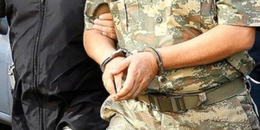 Büyük FETÖ operasyonu: 181'i muvazzaf 191 kişiye gözaltı