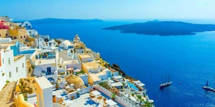 Firari FETÖ'cü Yunan adalarında keyif yapıyor