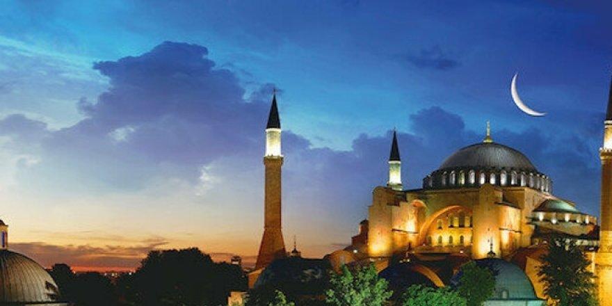 Türkiye Ayasofya'yı zincirlerinden kurtaracak kararı bekliyor