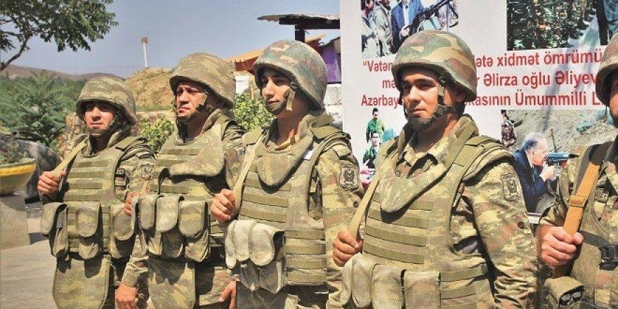 Eller tetikte: Türkiye'nin desteği Azerbaycan ordusuna güç verdi