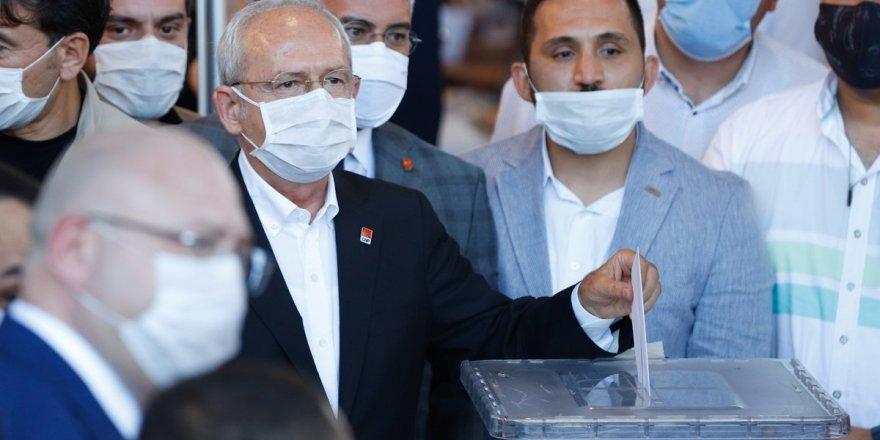 Kemal Kılıçdaroğlu yeniden Genel Başkan seçildi