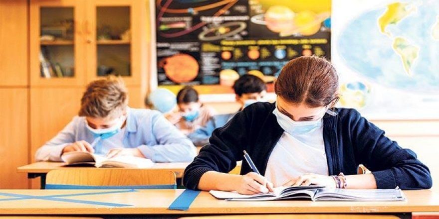 En zor karar okulların açılması