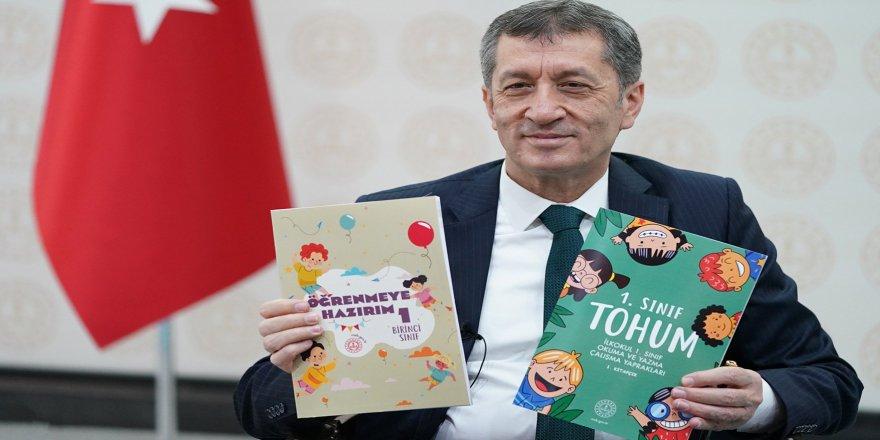 Ziya Selçuk'tan Telafi Eğitimi Açıklaması: Devamlılığı olan...