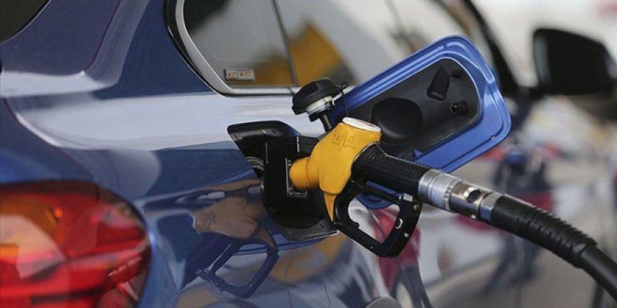 Benzine 37 kuruş zam yapıldı