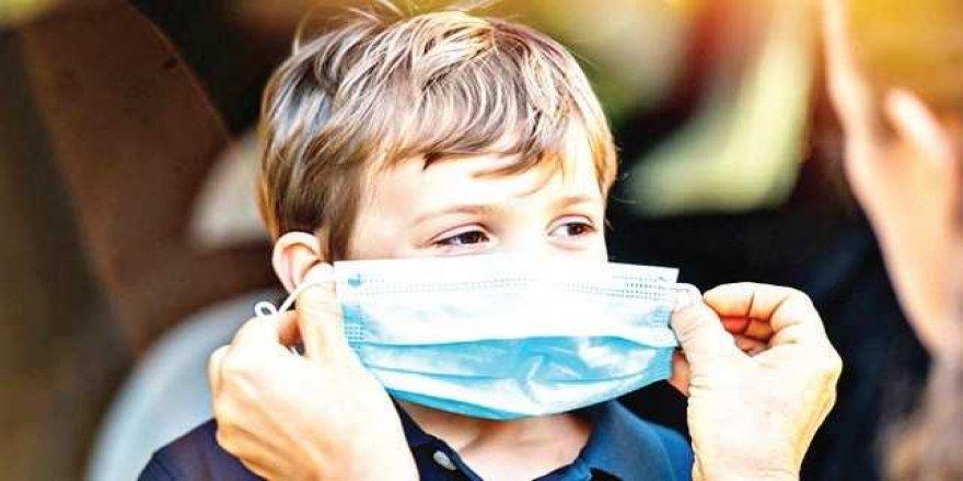 Öğrencilere ücretsiz maske ve dezenfektan