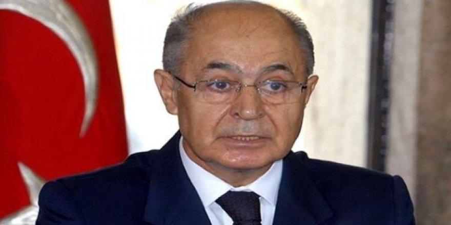 Ahmet Necdet Sezer ışıkların neden yandığını açıkladı
