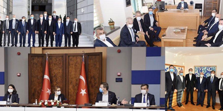 Türkiye Kamu-Sen ve Türkiye-AB KİK Heyeti Deprem Bölgesinde