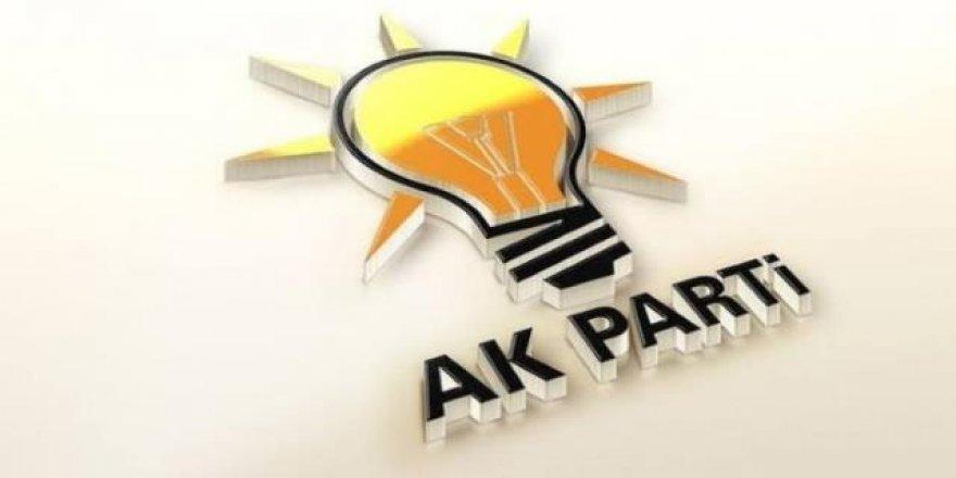AK Parti'de kongreler durdu atamalar sürüyor