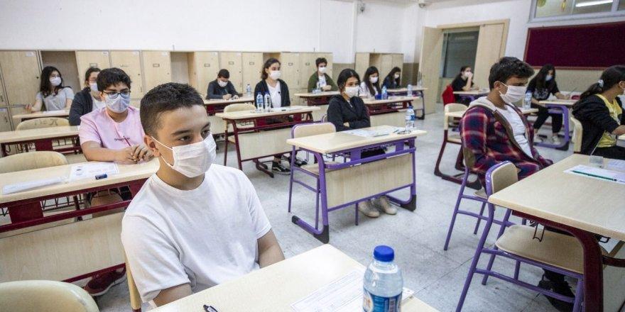 Eğitimde Sancı Artıyor! LGS ve YKS öğrencileri bir karar bekliyor