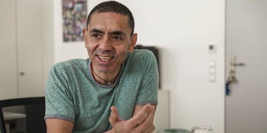 Prof. Uğur Şahin korkuttu: Virüs 10 sene aramızda olacak