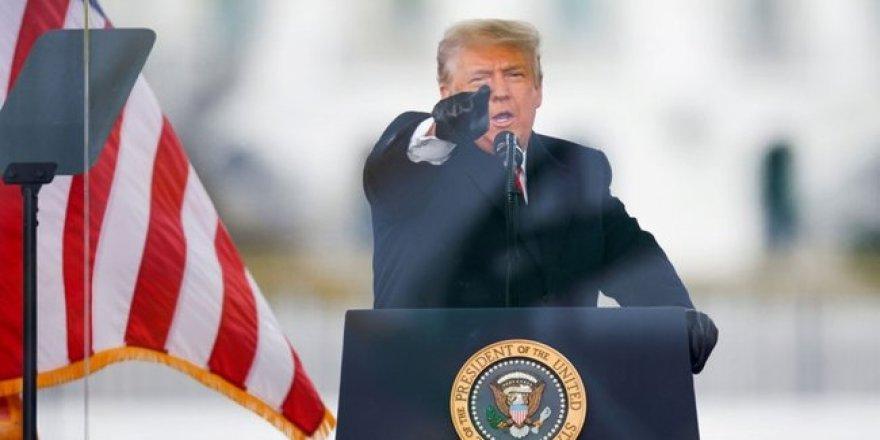 Trump'a büyük şok! Azil maddesi kabul edildi
