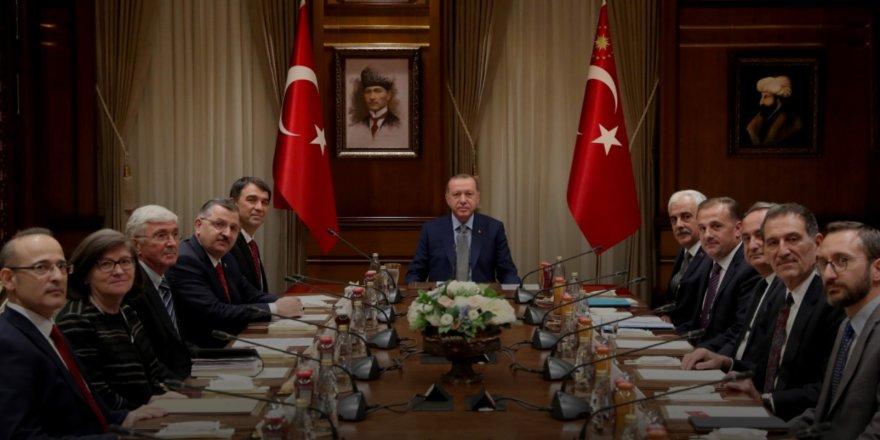 Cumhurbaşkanlığı Eğitim Politikaları Kurulu Yönetici Atamada 'Liyakat' Dedi!