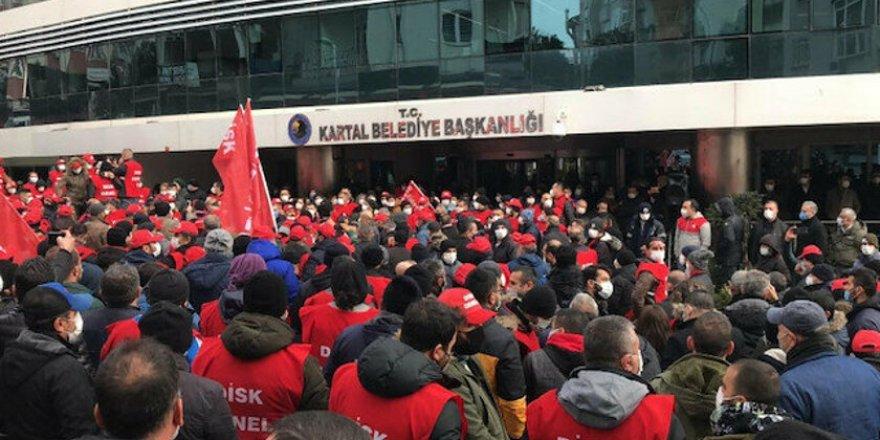 1900 TL maaş alan belediye işçileri eylem yaptı