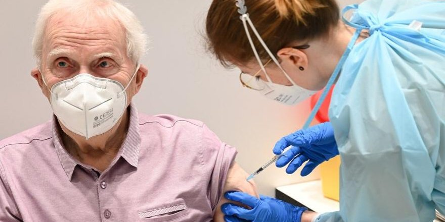 Pfizer'ın aşısında şok: İlk aşıda yüzde 50 koruma, mutasyonlara etkisiz