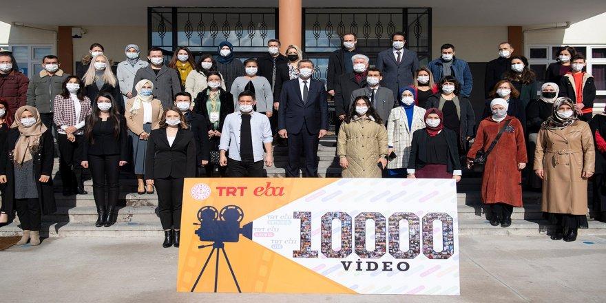 MEB Öğretmenlerinden 10 ayda 10 bin ders videosu!