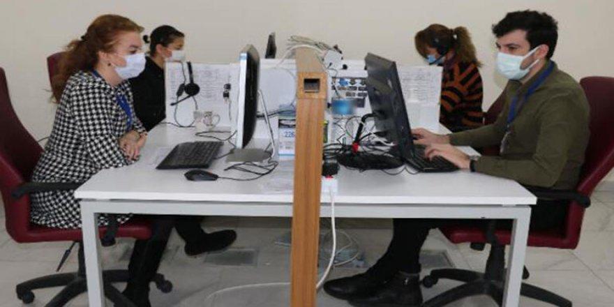 Koronavirüs danışma hattında öğretmenler görev yapıyor