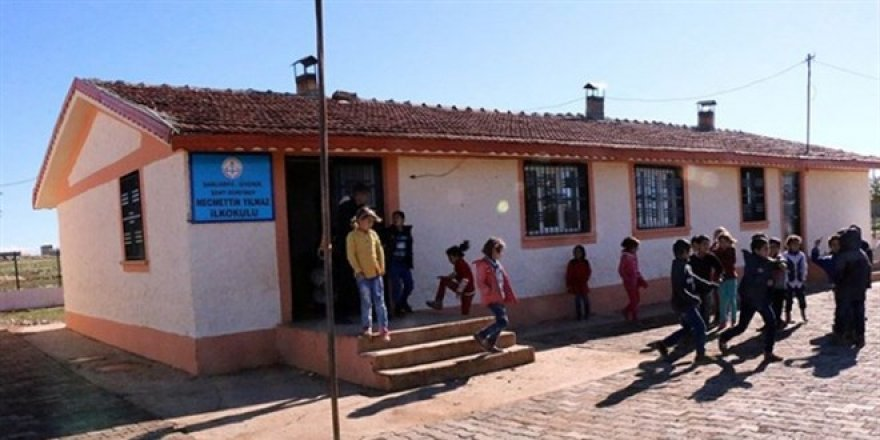 Köy okulları açıldı ancak köyler mahalle oldu