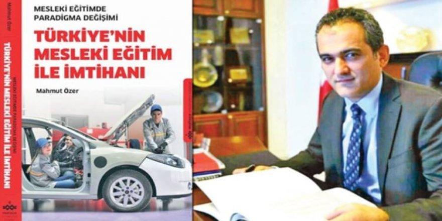 Prof. Dr. Mahmut Özer'in yeni kitabı çıktı - Meslekî Eğitimde Paradigma Değişimi