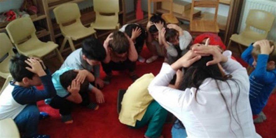 İlköğretim öğrencileri için 'afet farkındalığı dersi' önerisi