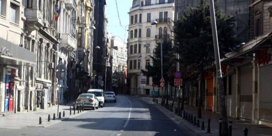 Yasaklar hangi illerde kalktı, cumartesi sokağa çıkma yasağı var mı? İstanbul, Ankara, İzmir hangi risk grubunda?